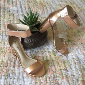 NWOT Rose Gold Breckelle's Ankle Strap Heels